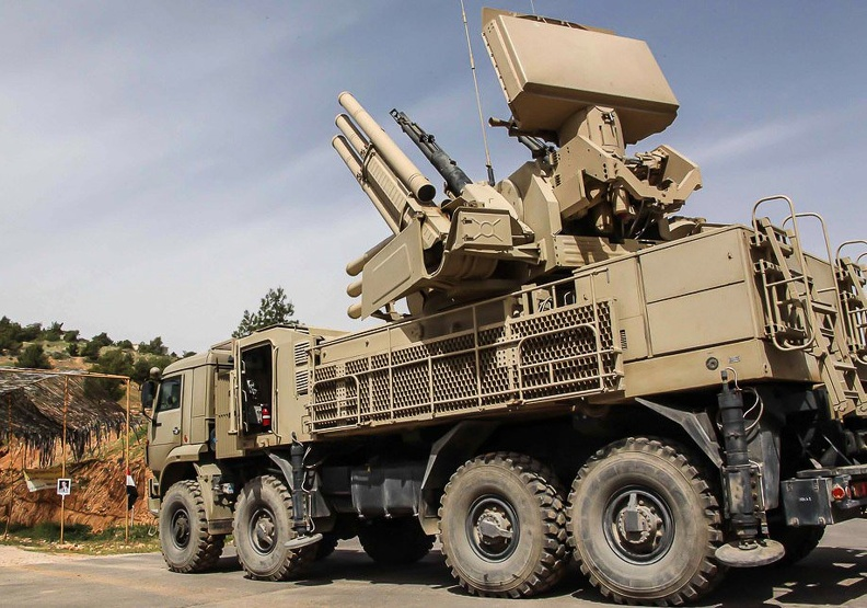 SAM-SA-22-Greyhound-Pantsir-S1.jpg